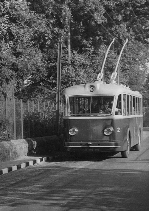 Premier trolleybus circulant entre Gd-pré et Petit-Saconnex - 11.09.1942 - Collection SNOTPG
