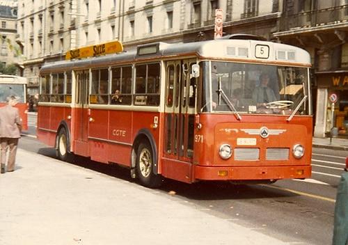 Saurer 971 sur la ligne 5 - Copyright JML