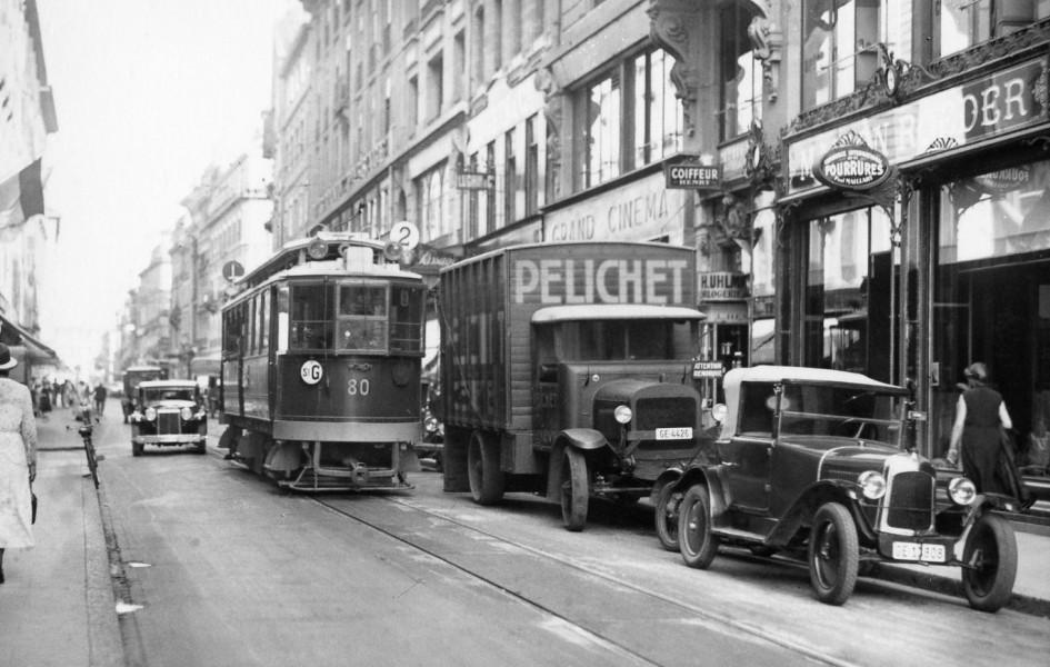 Motrice 80, rue du Rhône vers 1930 - Collection SNOTPG