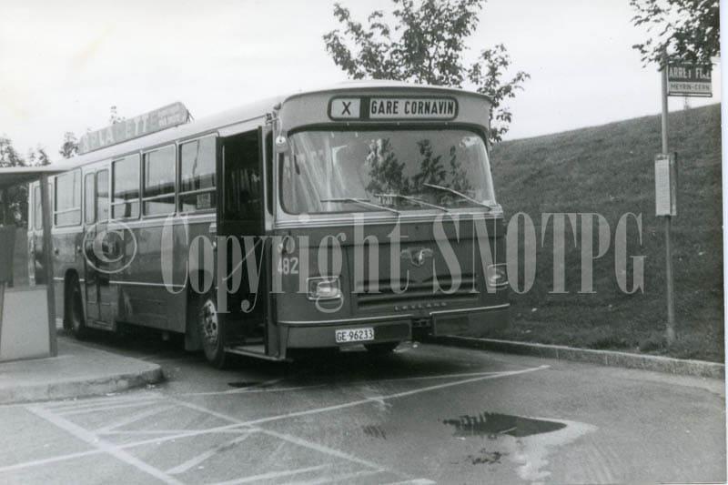 1975.10.01-Leyland_482_Cern_1