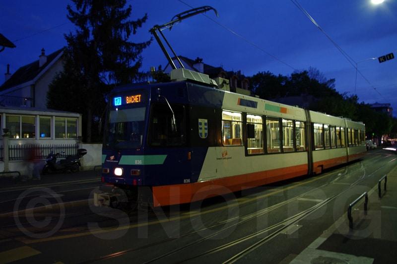 Be 4/8 au terminus de la gare de Chêne-Bourg - SNOTPG